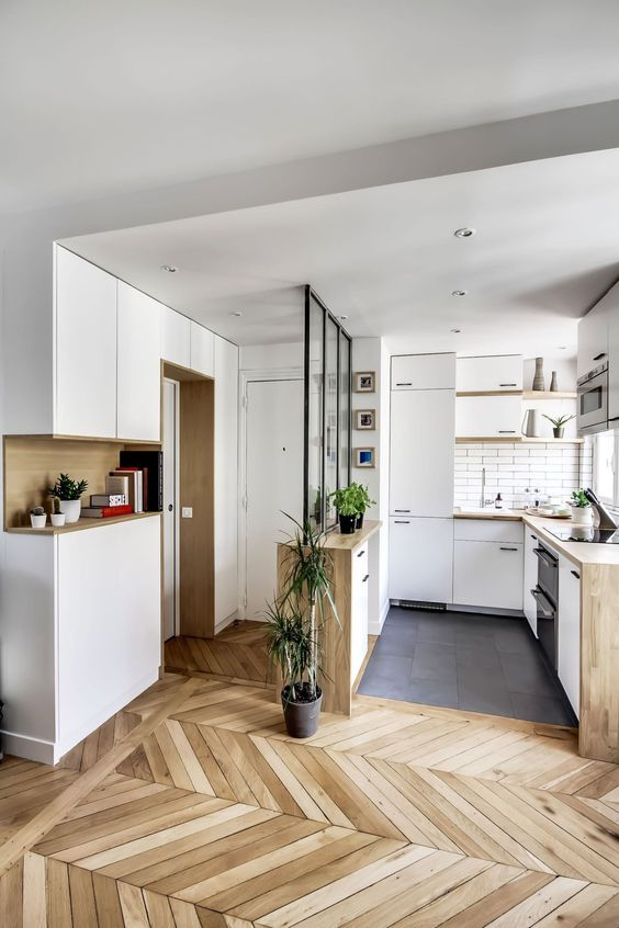 white walls to maximise a small space