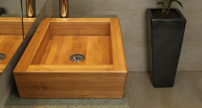 Bathroom basins in natural timber, Japanese-style bathroom sinks, leak-proof bamboo basins